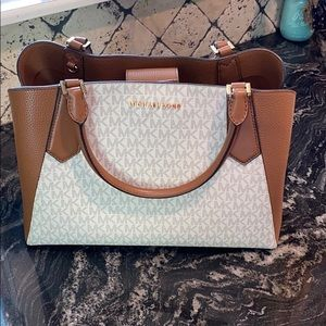brown and white Michael Kors handbag(used once)